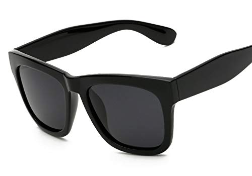 atomic-blonde-glasses