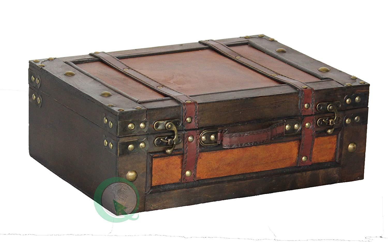 bear-toggle-suitcase