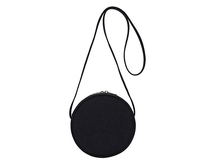 round-black-cross-body-purs