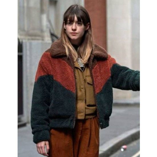 Daisy Edgar Jones War of The Worlds Season 02 Sherpa Jacket