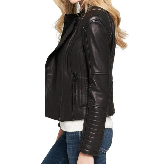 Women's Motorcycle Asymmetrical Zipper Shoulder and Sleeves Quilted Leather Jacket